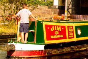 Canalboat holiday, luxury narrowboats and canal boat hire