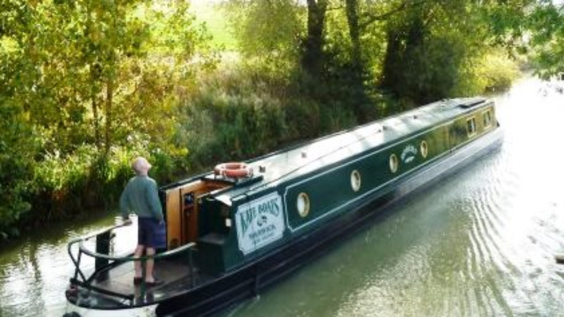 learn how to drive a narrowboat